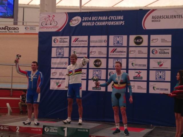Российские велосипедисты с поражением опорно-двигательного аппарата завоевали 2 золотые, одну серебряную и одну бронзовую медали на чемпионате мира в Мексике
