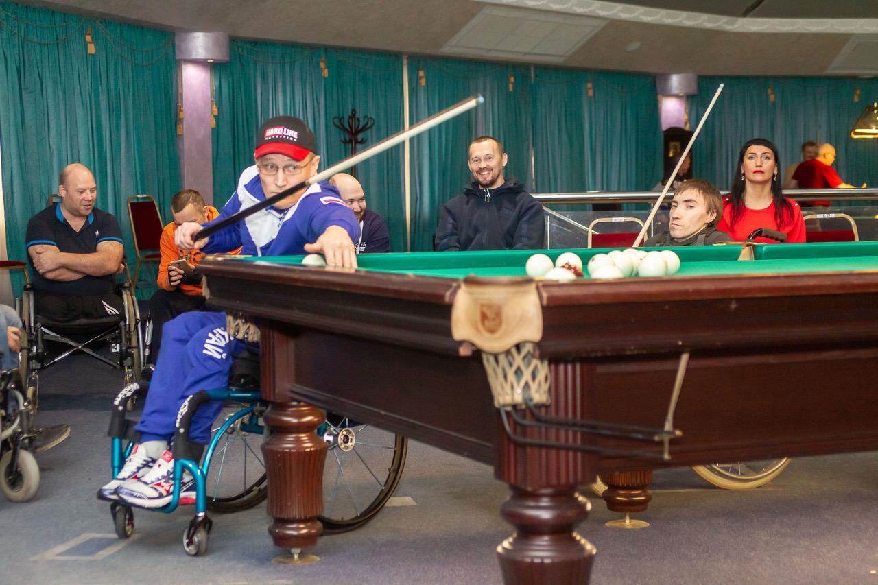 В Перми в рамках VI этапа VIII Краевого Паралимпийского спортивного фестиваля состоялись соревнования по бильярдному спорту среди инвалидов