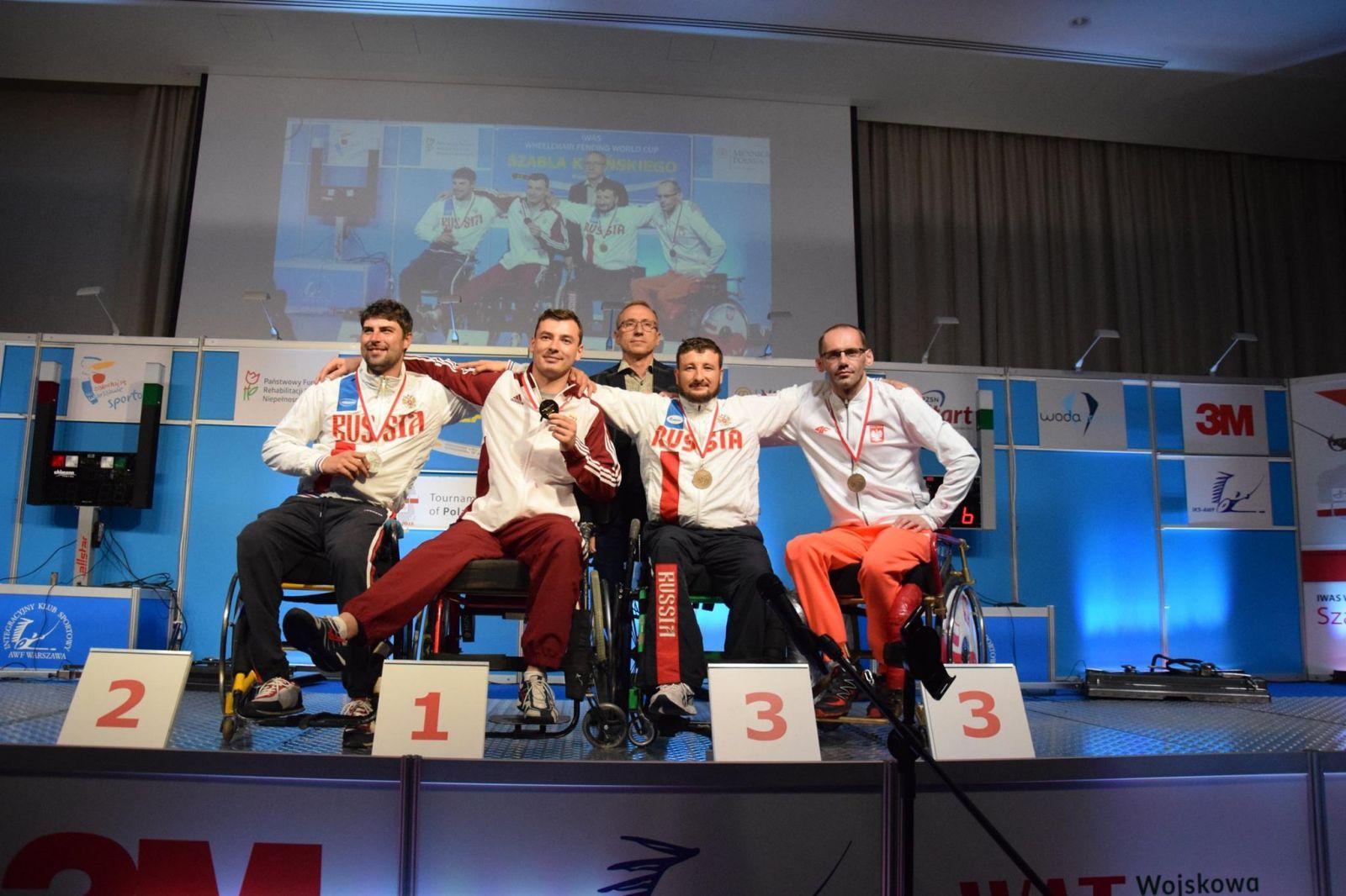 12 российских спортсменов стали чемпионами и призерами Кубка мира по фехтованию на колясках