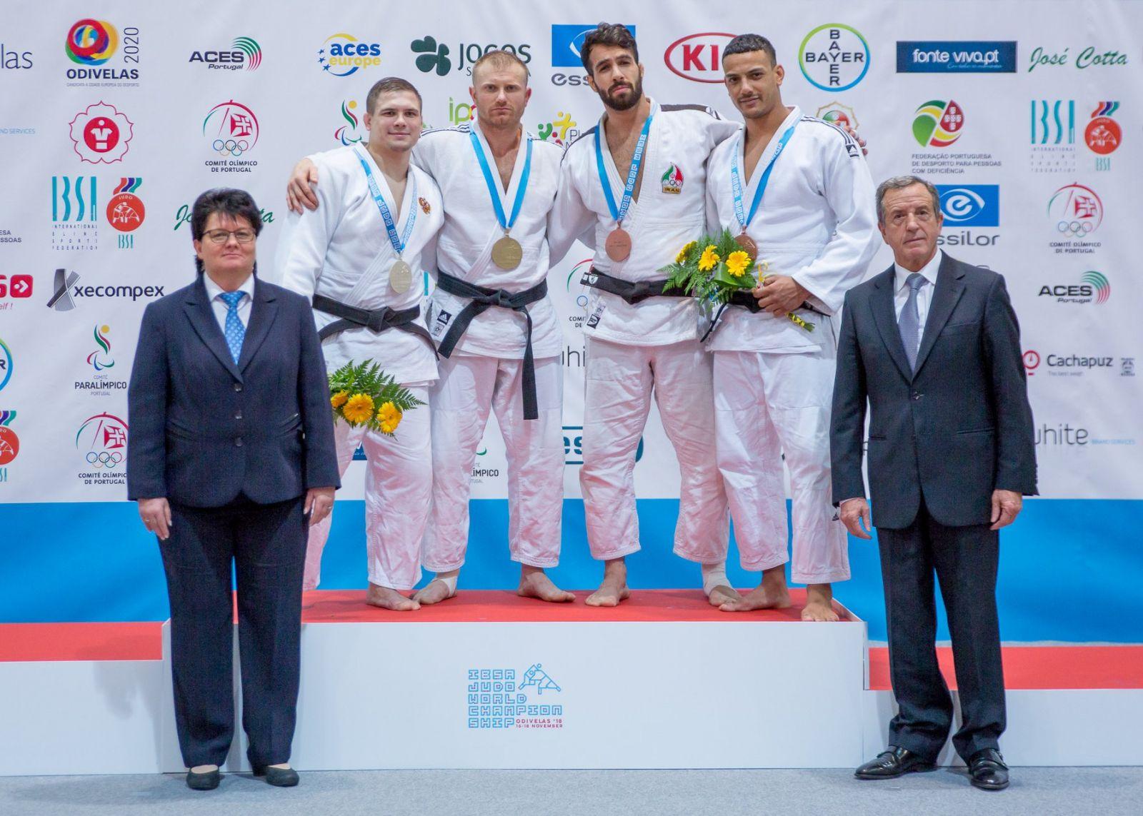 Сборная команда России по дзюдо спорта слепых завоевала 1 серебряную и 4 бронзовые награды на чемпионате мира в Португалии