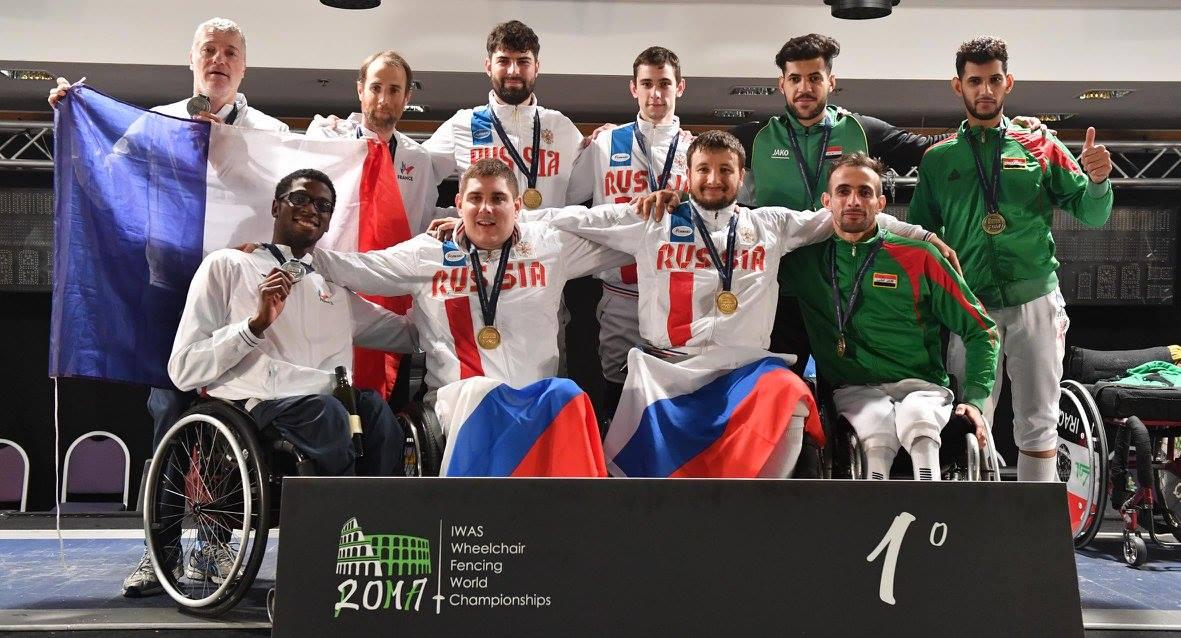 Сборная команда России по фехтованию на колясках завоевала 7 золотых, 7 серебряных и 11 бронзовых медалей и заняла первое общекомандное место на чемпионате мира в Италии