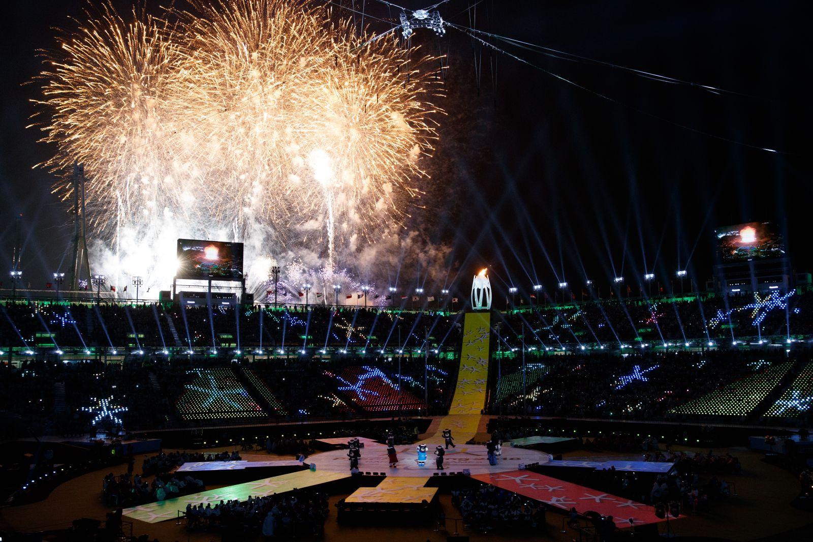 Делегация российских спортсменов и персонала спортсменов приняла участие в  церемонии закрытия XII Паралимпийских зимних игр 2018 года в г. Пхенчхан (Республика Корея)