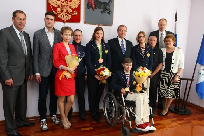 Губернатор Иркутской области С.Г. Левченко встретился с  членами паралимпийской сборной команды России и тренерами спортсменов