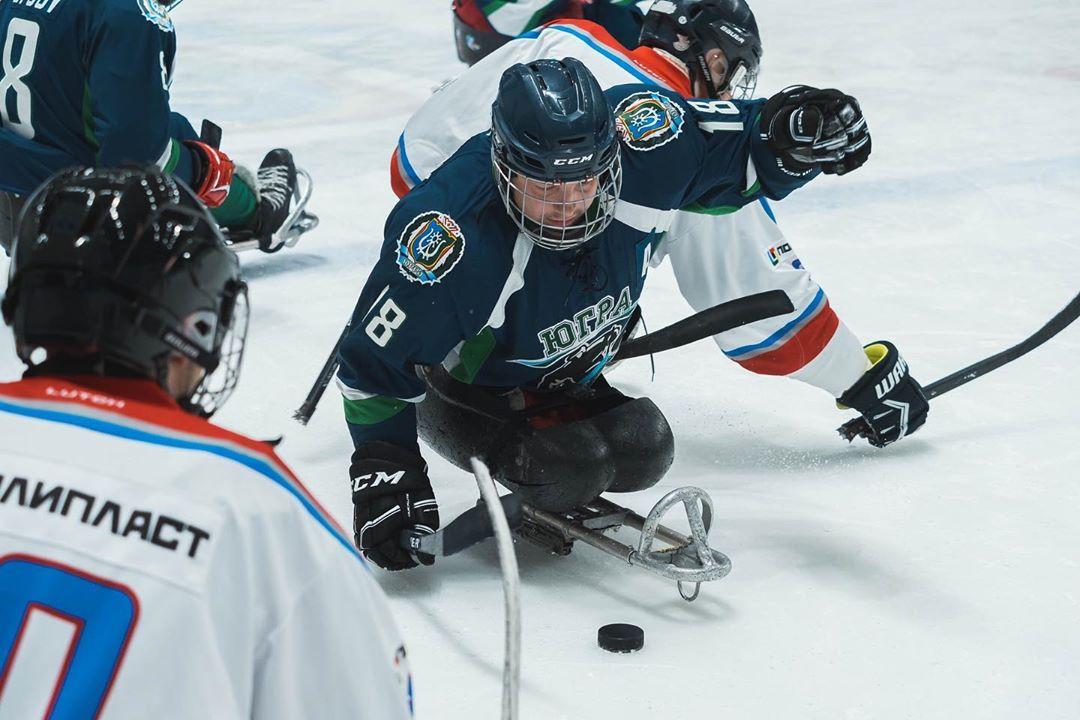 СХК «Югра» возглавляет промежуточную турнирную таблицу чемпионата России по следж-хоккею