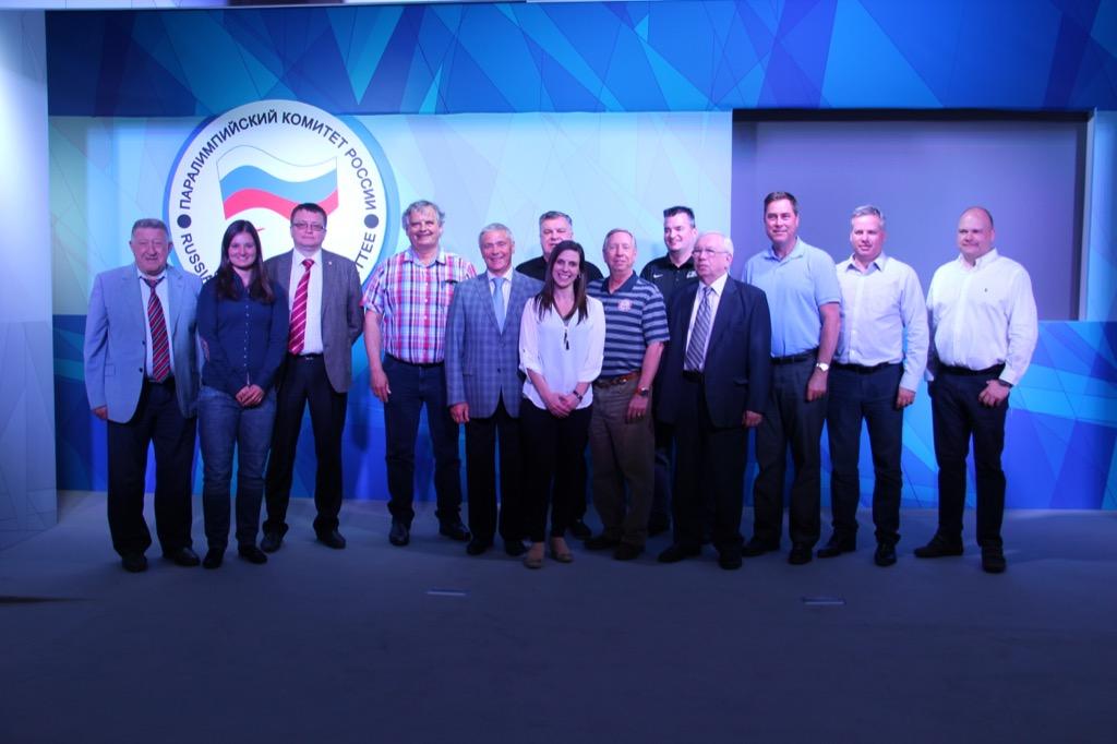 В зале Исполкома ПКР состоялась рабочая встреча руководителей ПКР с представителями Спортивно-технического комитета Международного паралимпийского комитета по хоккею-следж