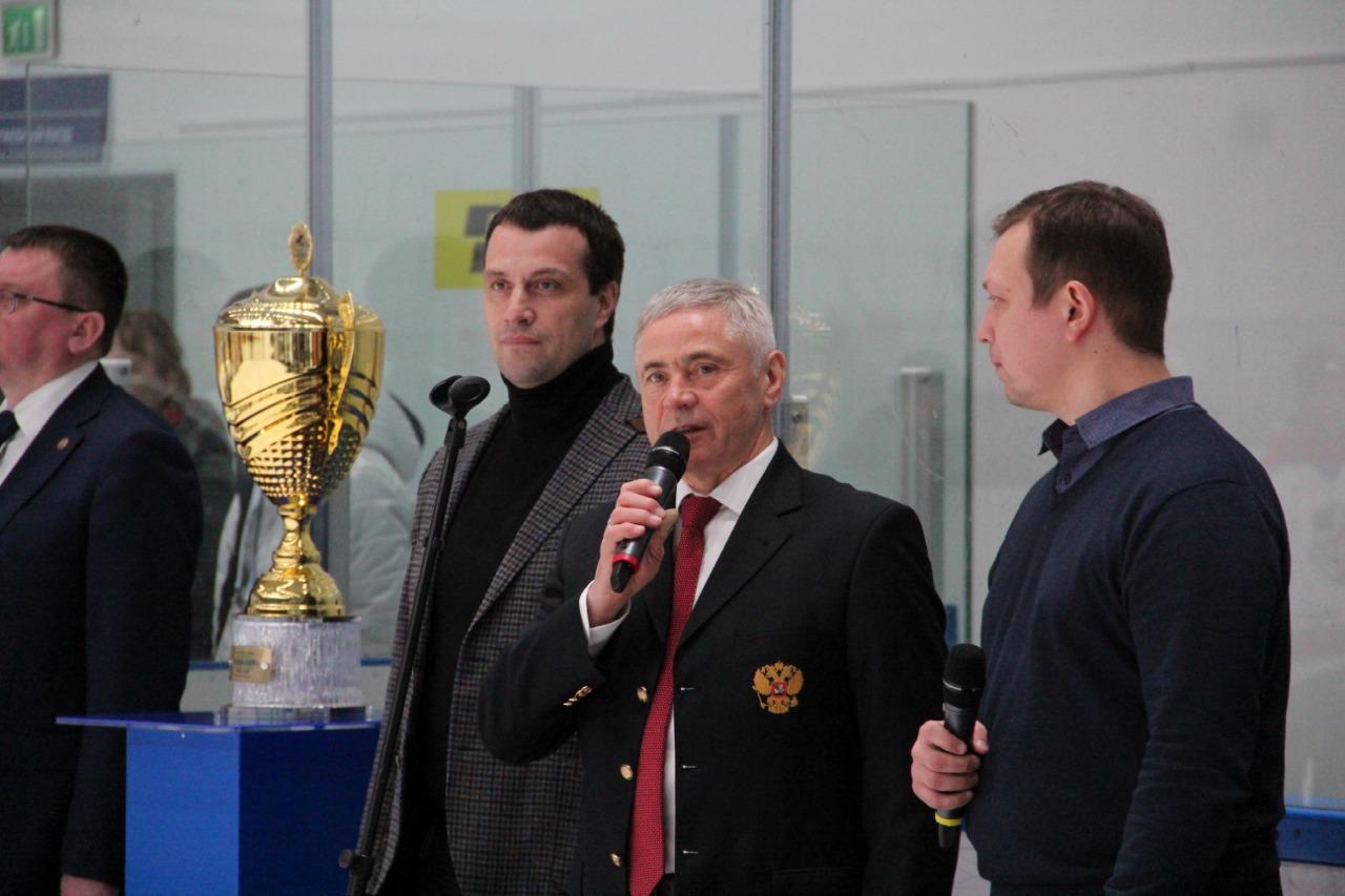 П.А. Рожков принял участие в церемонии награждения и закрытия открытого Международного турнира «Кубок Югры» по хоккею-следж