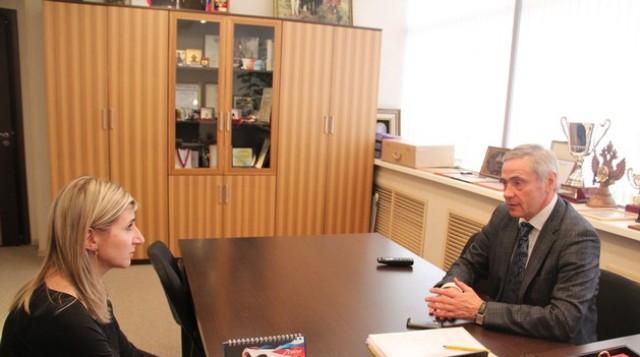 П. А. Рожков в  офисе ПКР провел рабочую встречу со старшим тренером сборной команды России по велоспорту среди спортсменов с поражением опорно-двигательного аппарата Е. Ф.  Мухортовой