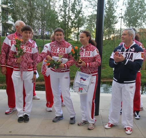 П.А. Рожков  в Паралимпийской деревне провел традиционное утреннее награждение победителей и призеров лондонской Паралимпиады