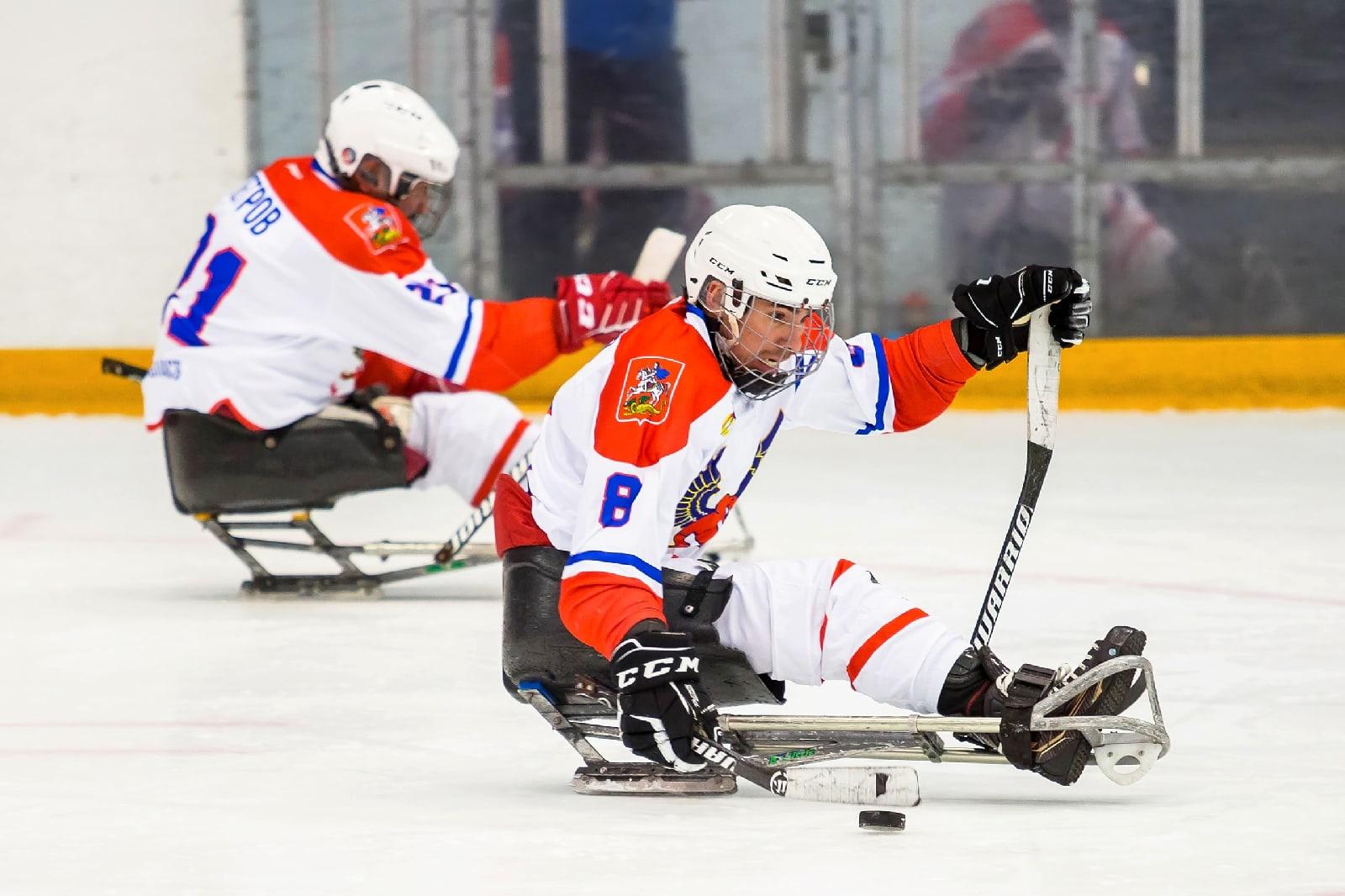 Подмосковный «Феникс» выиграл первый этап чемпионата России по следж-хоккею в Ижевске
