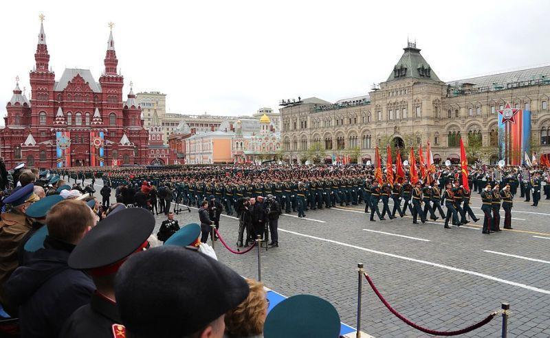 В.П. Лукин, А.М. Барамидзе, В.А. Бочаров в г. Москве на Красной площади приняли участие в просмотре военного парада в честь 72-й годовщины Победы в Великой Отечественной Войне