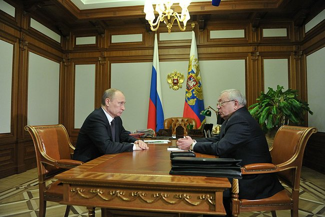 В г. Сочи состоялась встреча Президента России В. В.  Путина с  президентом  Паралимпийского комитета России В.П. Лукиным