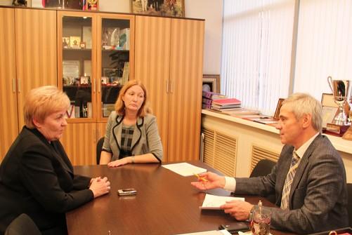 П.А. Рожков в офисе ПКР провел рабочую встречу с Л.П.Абрамовой