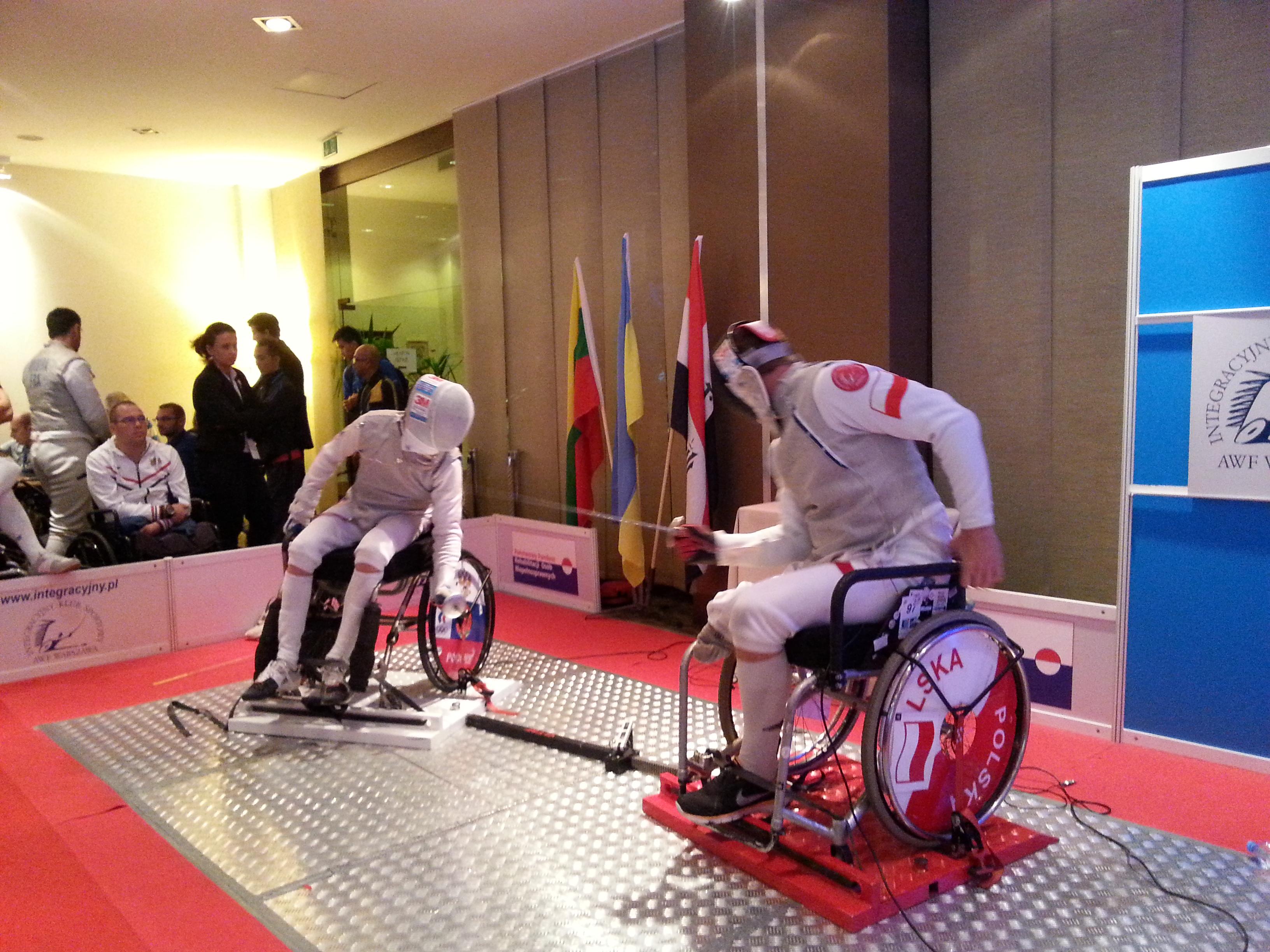 Сборная команда России по фехтованию на колясках завоевала 7 медалей в первые три дня Кубка мира в Польше