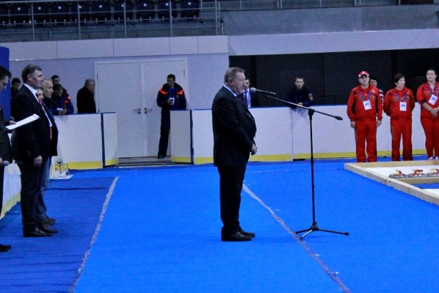 Л. Н. Селезнев в г. Сочи   принял участие в открытии 1 круга чемпионата  России по керлингу на колясках - тестового  соревнования для подготовки и проведения XI Паралимпийских зимних игр 2014 года в г. Сочи