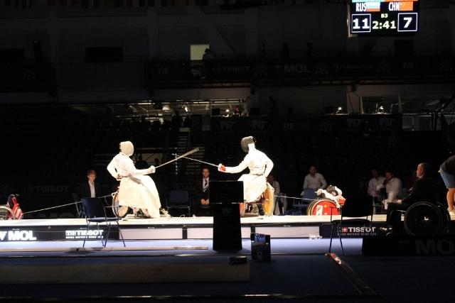 Сборная команда России по фехтованию на колясках заняла второе общекомандное место на чемпионате мира в г. Будапеште (Венгрия)
