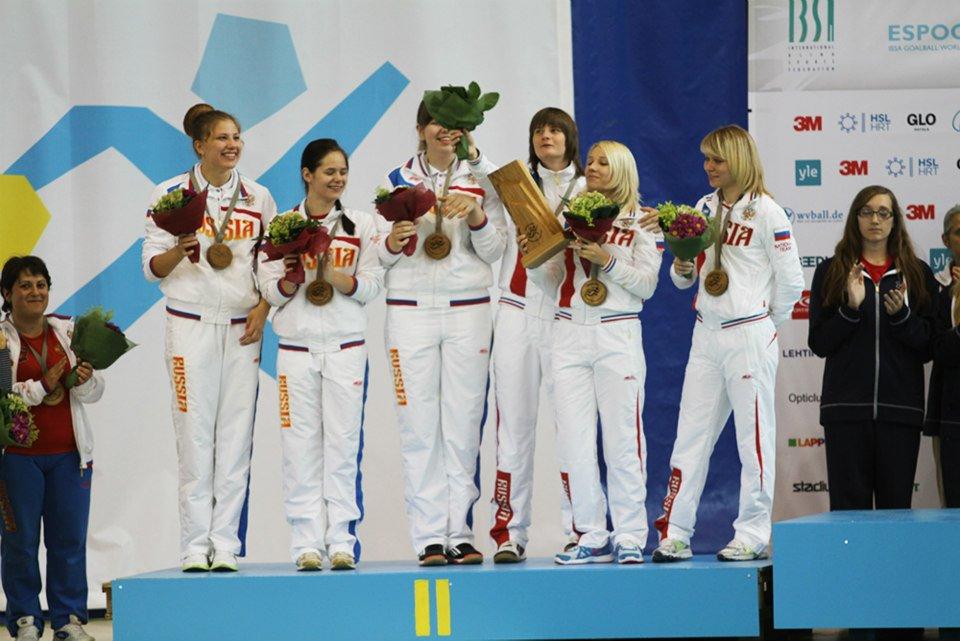Женская сборная команда России по голболу завоевала серебряные медали чемпионата мира, который завершился в г. Еспоо (Финляндия) и получила лицензию для участия в Паралимпиаде - 2016