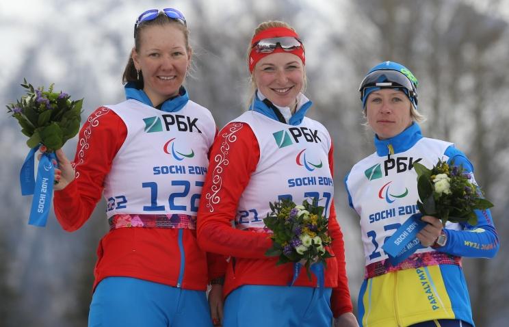 В биатлонном спринте на 6 километров российские спортсменки А. Кауфман и А. Миленина завоевали  золотую и серебряную медали