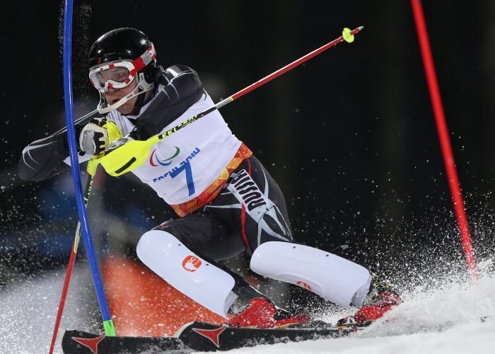 """Российские горнолыжники завоевали """"серебро"""" и """"бронзу""""  в гигантском слаломе на XI Паралимпийских зимних играх"""