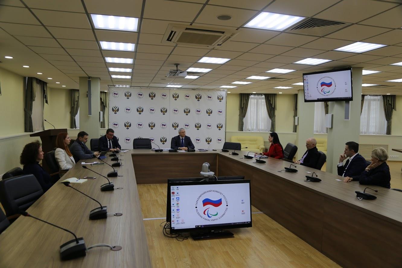 П.А. Рожков в офисе ПКР провел рабочую встречу с представителями Фонда Евгения Миронова «Жизнь в движении»