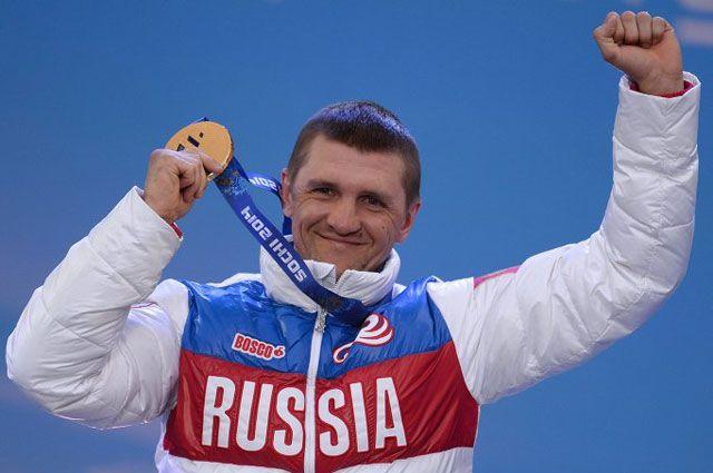 Российский лыжник и биатлонист Р. Петушков стал победителем премии Хуана Самаранча - 2014 среди спортсменов с ограниченными возможностями здоровья