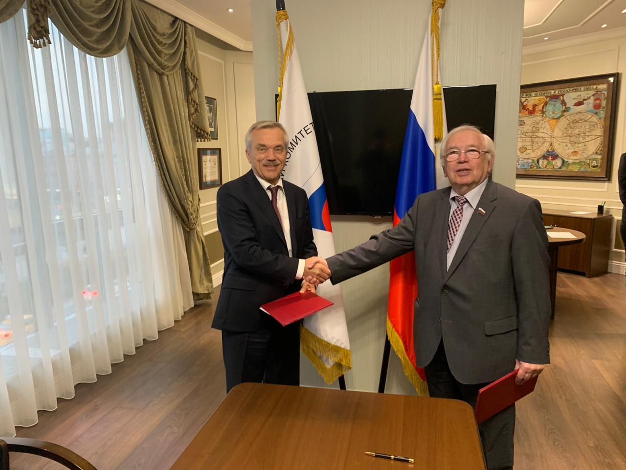 Президент ПКР В.П. Лукин и Губернатор Белгородской области Е.С. Савченко подписали соглашение о сотрудничестве и взаимодействии по развитию паралимпийского спорта