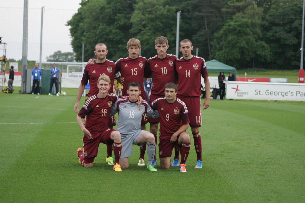Российские футболисты крупно обыграли австралийцев и вышли в четвертьфинал чемпионата мира по футболу 7x7 в Англии