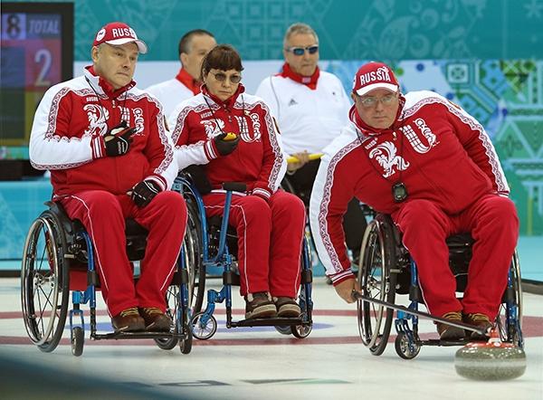 Сборная России  по керлингу на колясках выиграла у сборной Норвегии и досрочно вышла в  полуфинал Паралимпийских игр