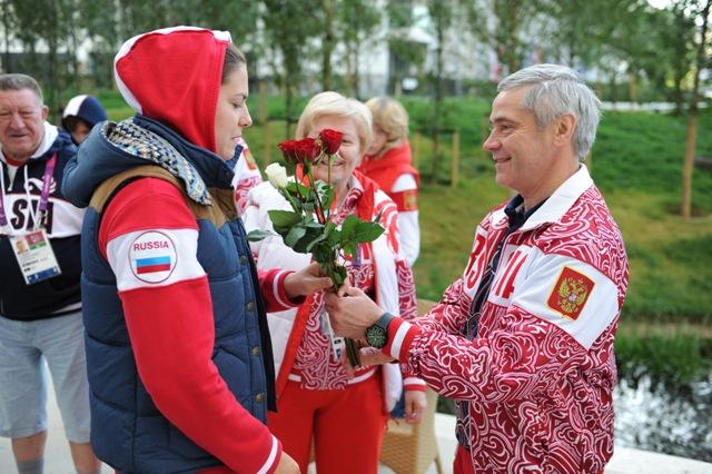 В Паралимпийской деревне в Лондоне состоялось награждение победителей и призеров 7-го дня Паралимпийских игр