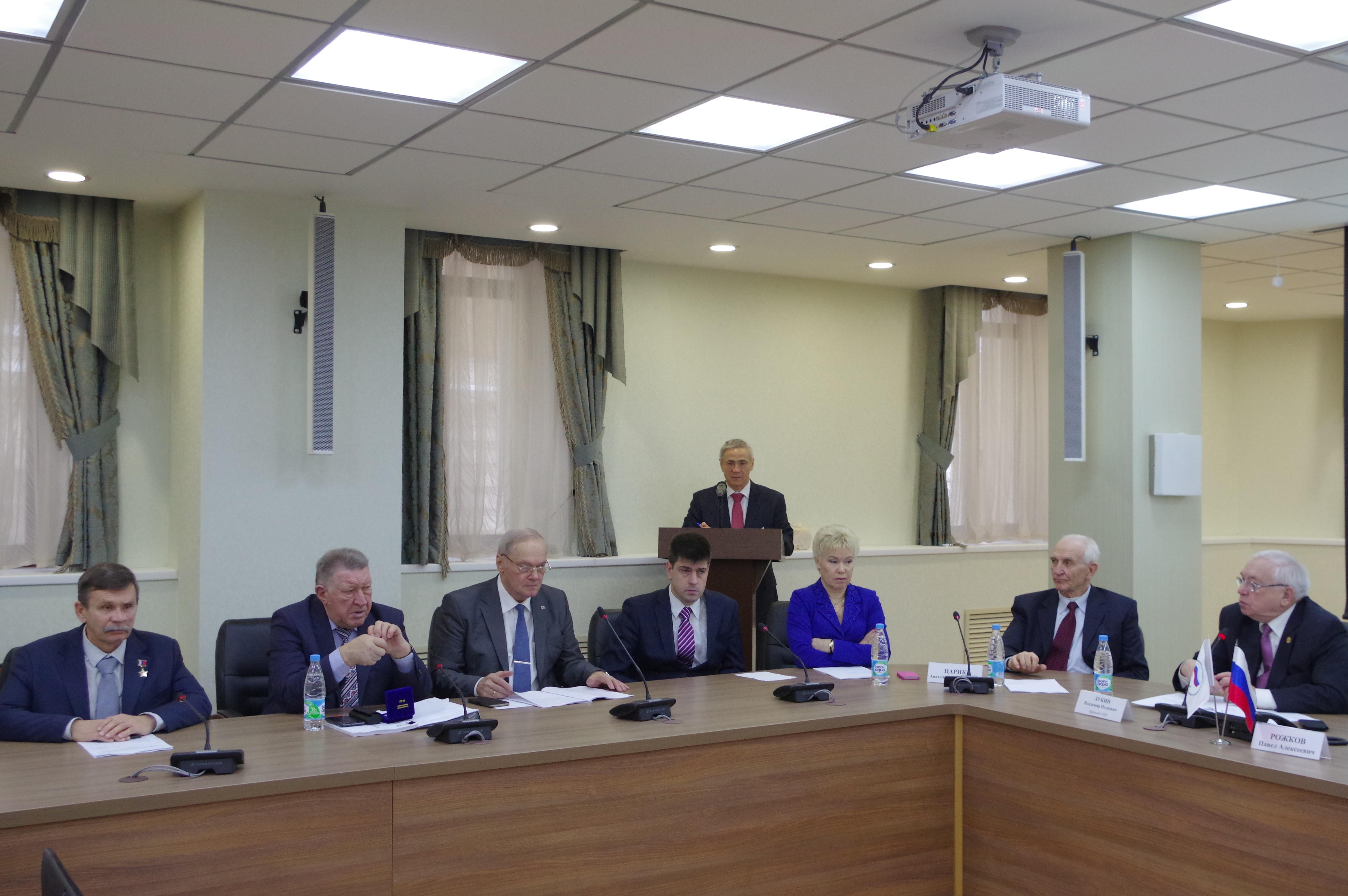 Президент ПКР В.П. Лукин в Доме паралимпийского спорта провел расширенное заседание Исполкома ПКР