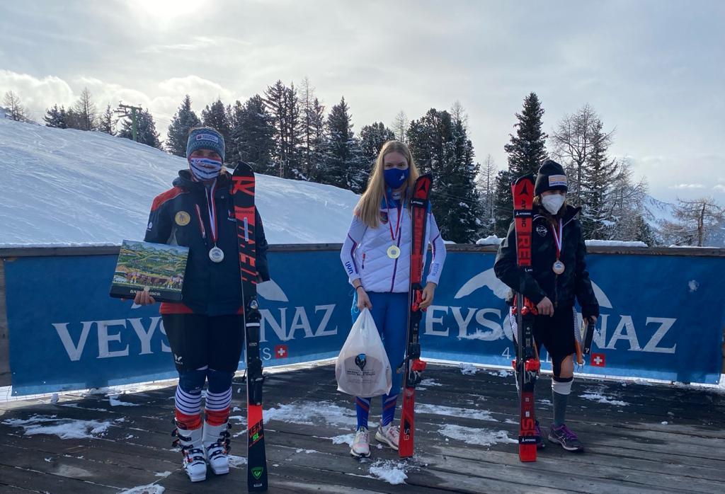 1 золотую и 4 серебряные медали завоевала сборная команда России на первом этапе Кубка мира по горнолыжному спорту МПК