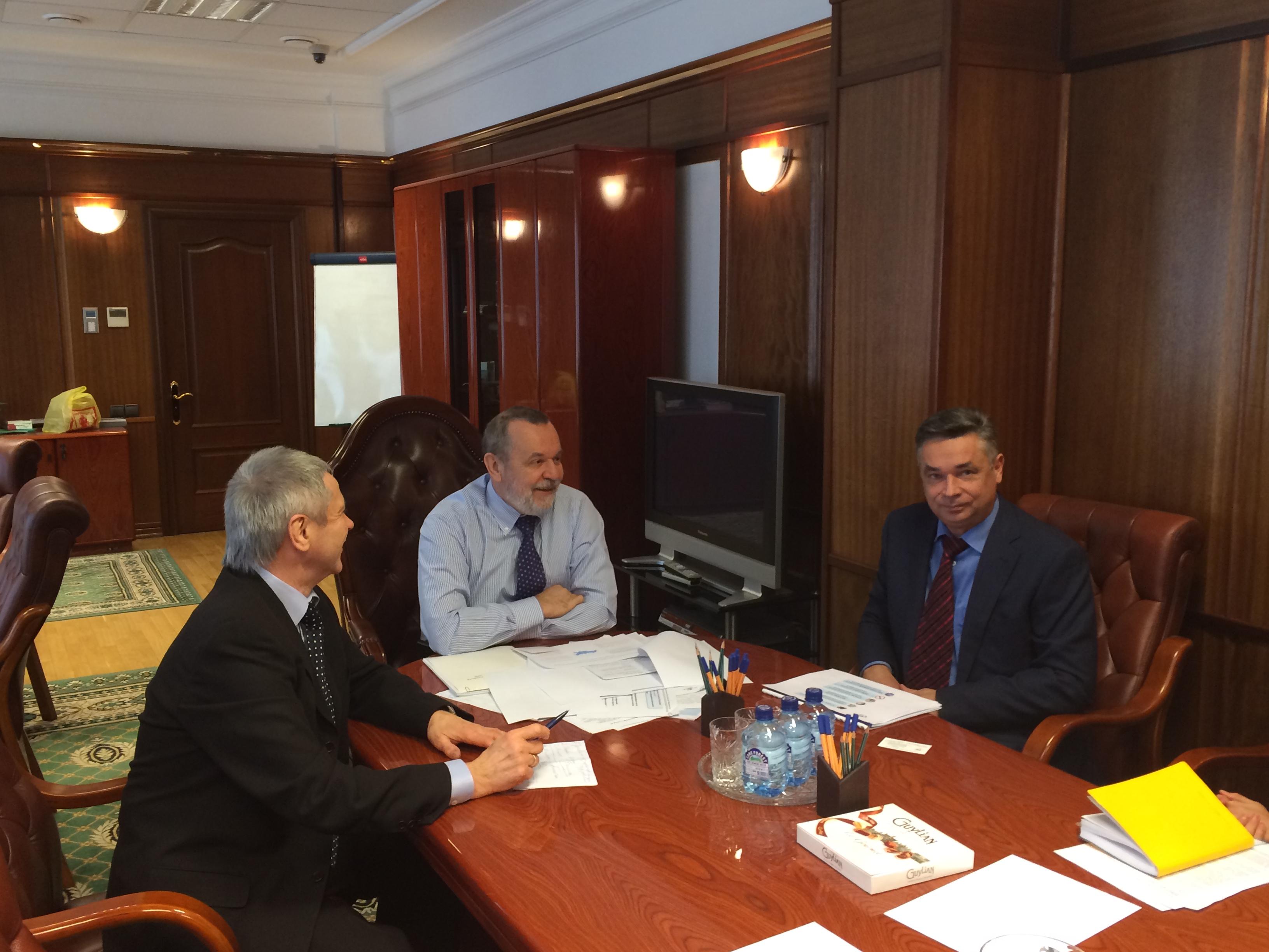 П.А. Рожков в офисе Фонда социального страхования Российской Федерации встретился с председателем Фонда А.С. Кигимом