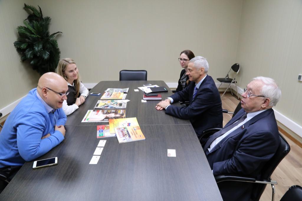 В.П. Лукин, П.А. Рожков в офисе ПКР провели рабочую встречу с руководителями ИД «Советский спорт»