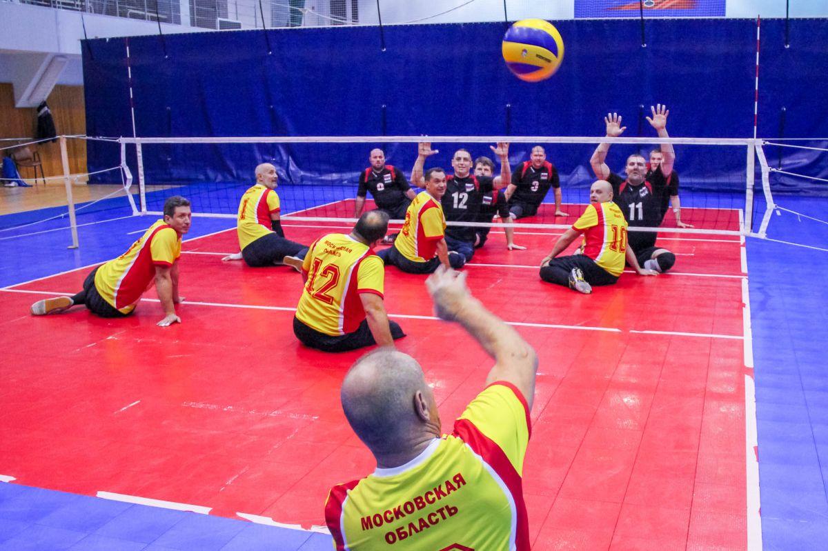 4 мужские и 5 женских команд в Раменском поведут борьбу за медали чемпионата России по волейболу сидя