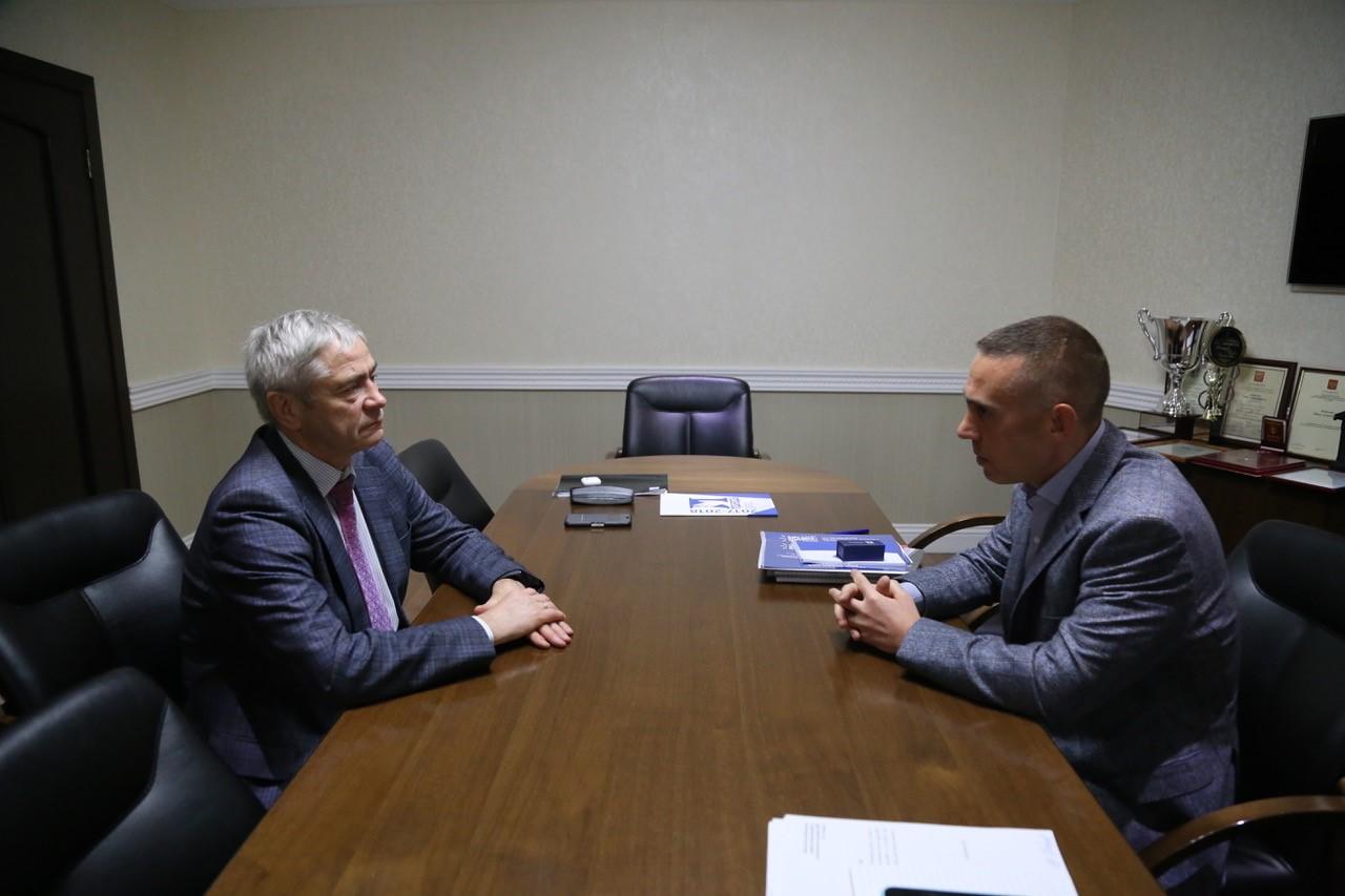 П.А. Рожков в офисе ПКР встретился с президентом Белгородской Федерации адаптивного спорта С.И. Фуглаевым